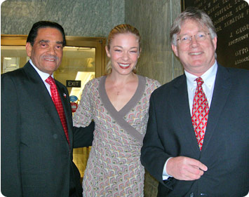 Garland native LeAnn Rimes visit with Mayor Jones and Doug in Washington, D.C.